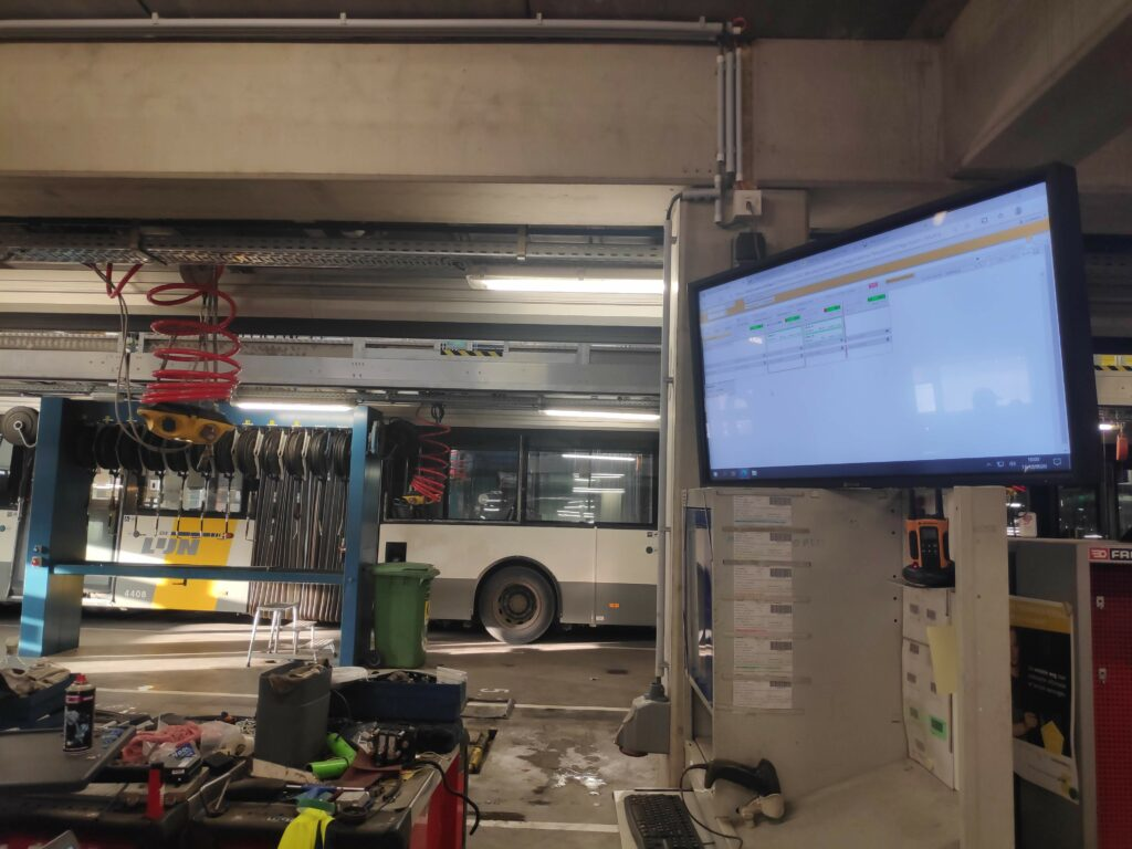 Werkplaats De Lijn met planbord WACSonline